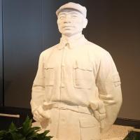 邹佩珠雕塑作品图片