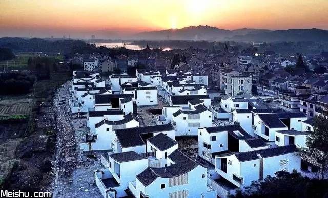 杭州农村回迁房惊呆网友:简直住进吴冠中的画里