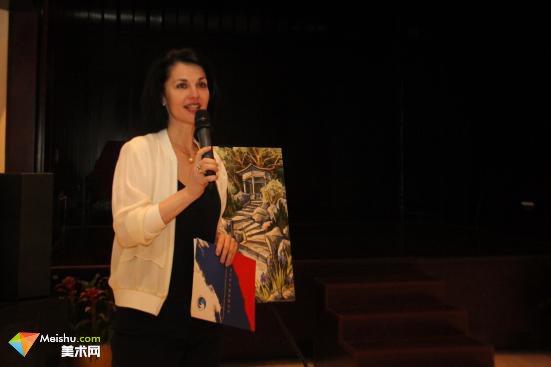 俄罗斯女画家伊琳娜·韦列缅科绘画作品展于北京俄罗斯文化中心开幕
