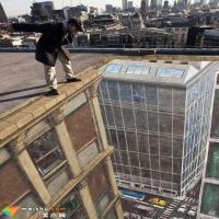 《窗台上的男人》-伦敦艺术家在城市楼顶绘制巨幅3D画