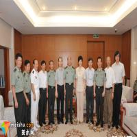 在人民军队艺术摇篮中锻炼创造 刘大为谈解放军艺术学院美术系建系32周年