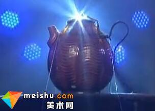 辽代黄釉水波纹鎏金柄盖瓜棱执壶-收藏秀 2011