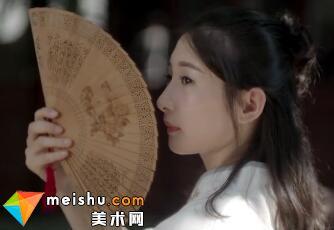 「工艺美术」大国匠人遇见非遗-蕴含东方美韵的檀香扇