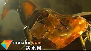 「雕塑」他把破铜烂铁重新组合 做了一匹战马-艺术看得见